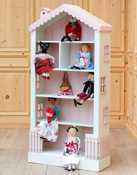 Alicesdollhousetallbookcase05
