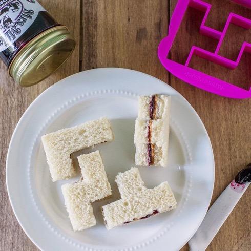Bitesandpiecessandwichcutter01