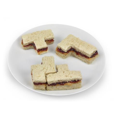 Bitesandpiecessandwichcutter03