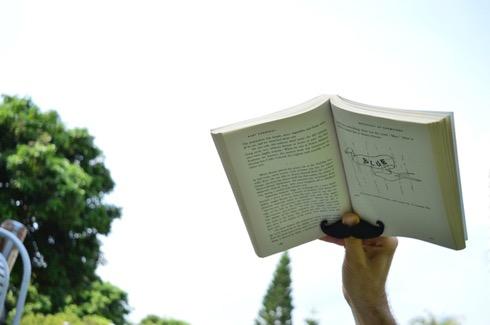 Bookmustache04