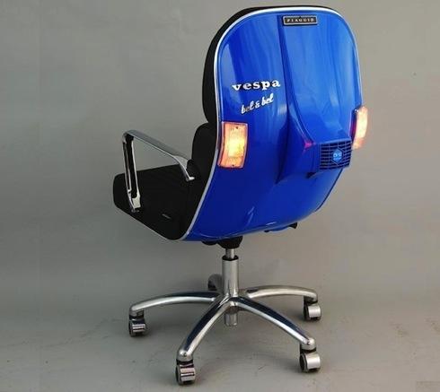 あのベスパ(Vespa)がオフィスチェアーに変身!【BV Seat】
