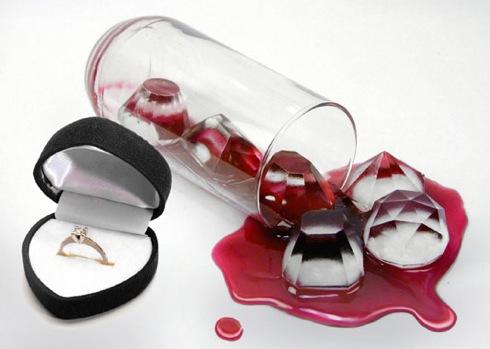 宝石みたいな氷が作れるアイストレー【Cool Jewels Ice Tray】