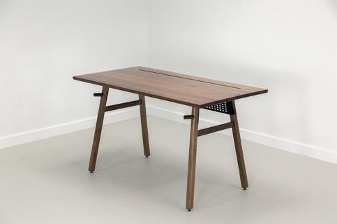 Desk0102