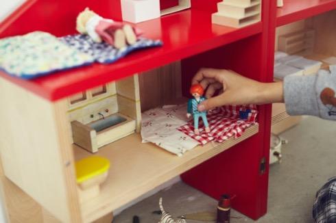 Dollhousechair04