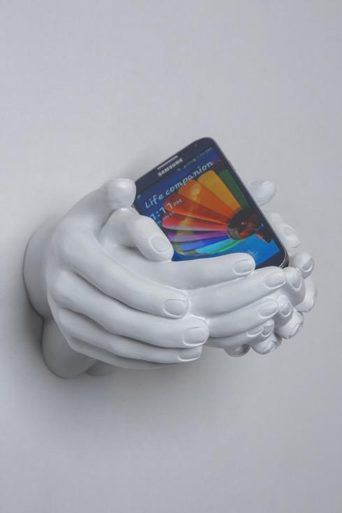 Handshelpinghands01