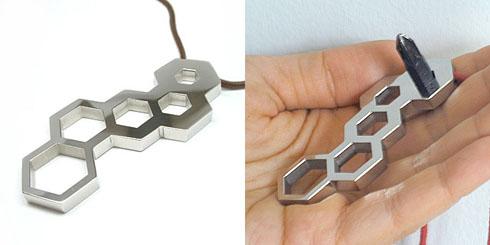 Honeycombnecklacependant02