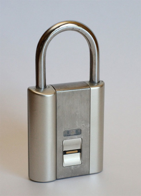 Ifingerlock02