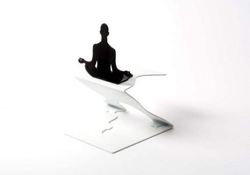 Levitationbookstacker02