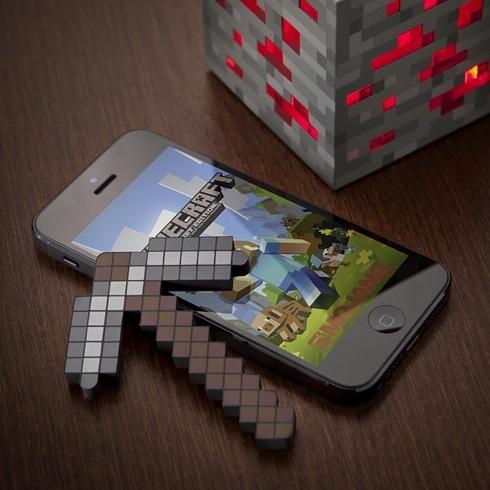 Minecraftpickaxetouchscreenstylus03