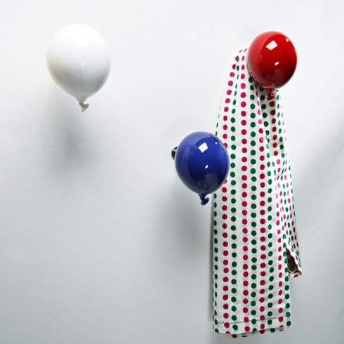 Miniballooncoathanger01