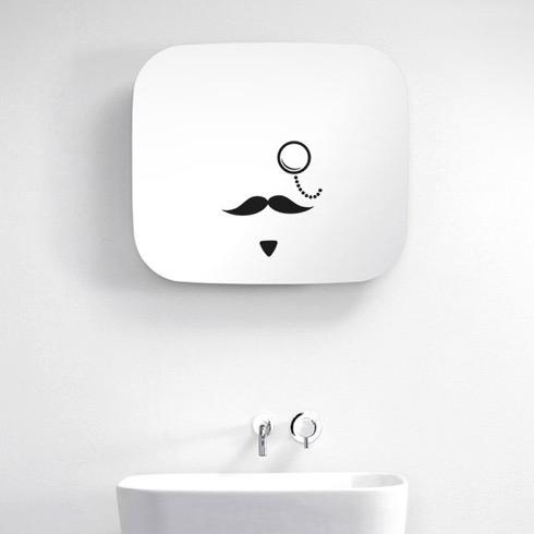Moustachemirror01
