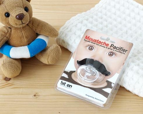 Moustachepacifier03