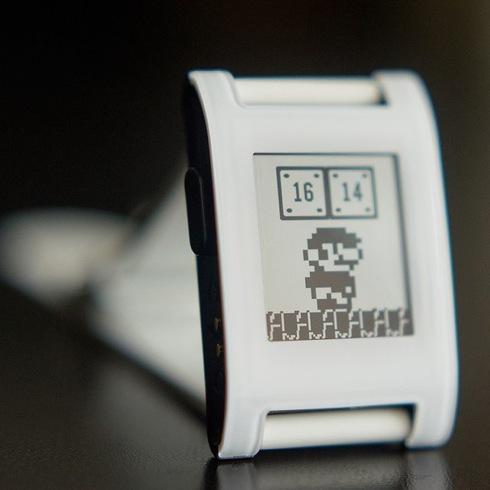 Pebblesmartwatch01