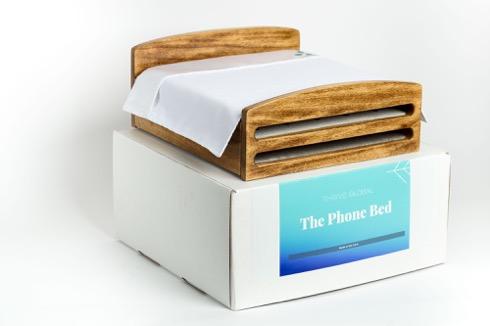 Phonebed04
