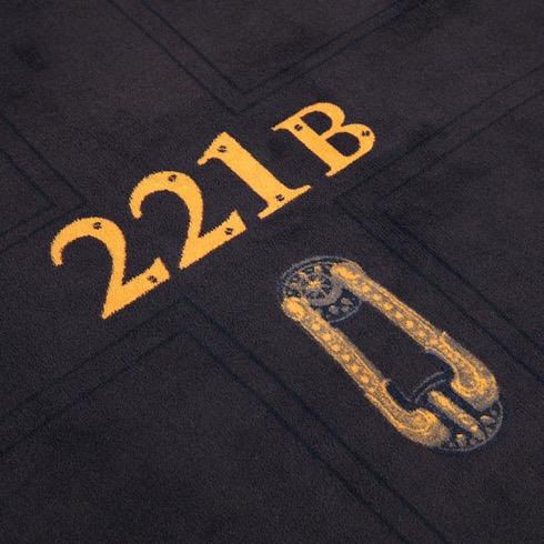 Sherlock221bdoorframeblanket03
