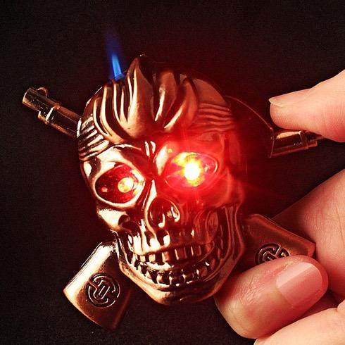 Skulllighter04