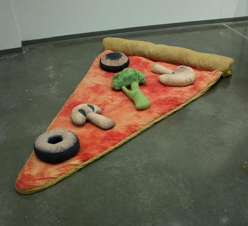 Sliceofpizzasleepingbag02