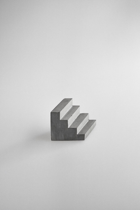 Staircasepaperweight02