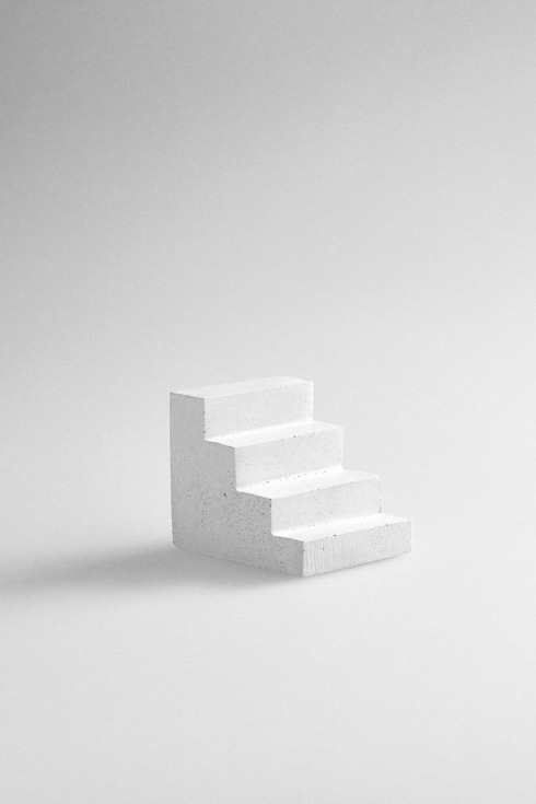 Staircasepaperweight04