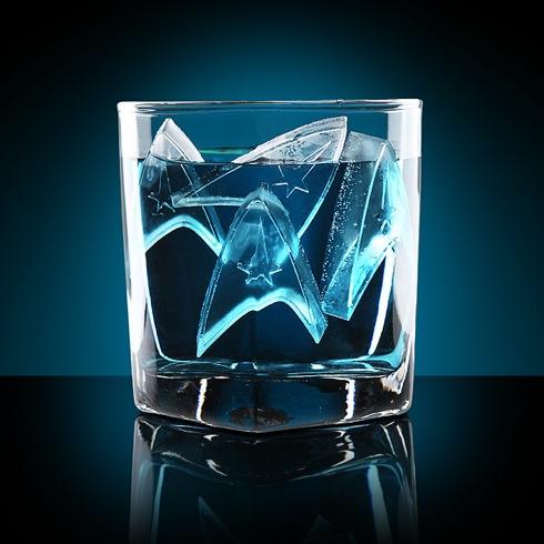 スターフリート・インシグニア(記章)のアイストレー【Star Trek Starfleet Ice Tray】