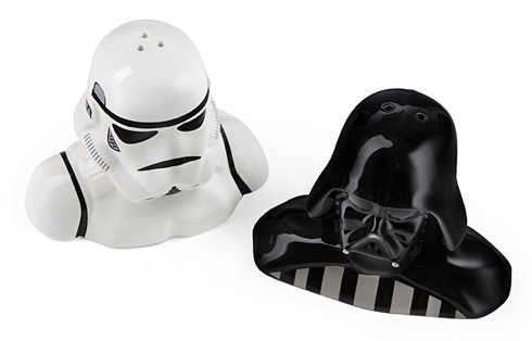 Starwarssaltpeppershakers02