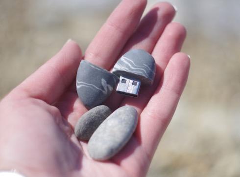 Stoneusb01
