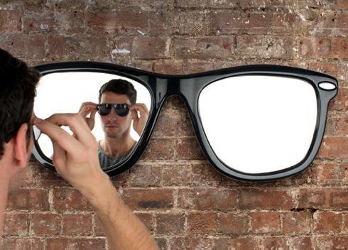 Sunglassesmirror01