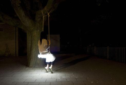 Swinglamp01