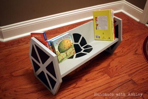 Tiefighterbookshelf02