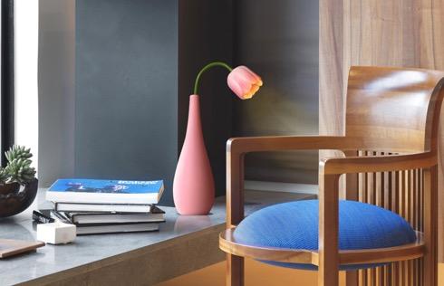 Tulipflowervasesimulationledlamp01