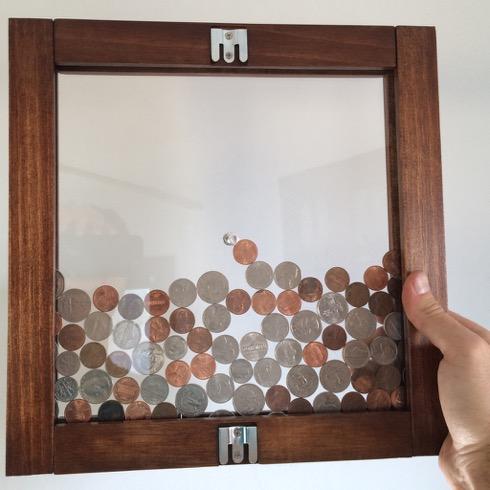 Verticalcoinbank01