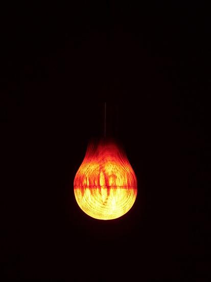 Woodenlightbulb03